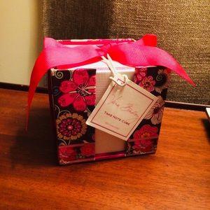 Vera Bradley plum floral Take Note Cube